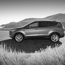 2013-ford-escape-titanium-left-side-view-2