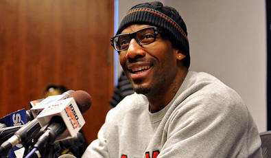 022211-8pmet-amare-stoudemire-fox-flash-pi_20110222192033110_660_320