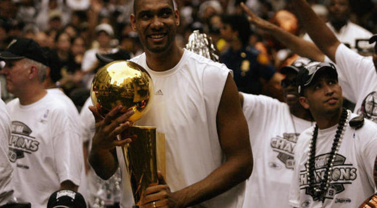 Tim-duncan-2003-nba-champions_photo_medium