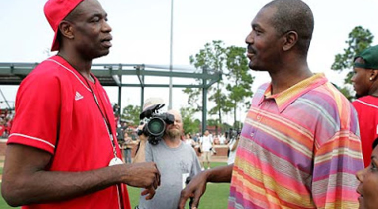 Mutombo_and_olajuwon