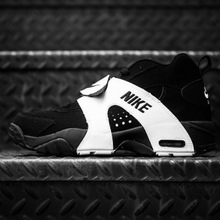 Nike-air-veer-black-white-05-900x598