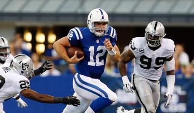 Dm_130908_nfl_raiders_colts_highlight
